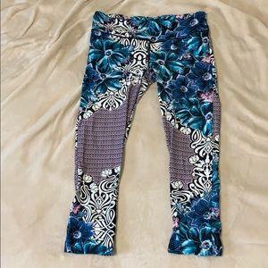 Printed Capri Workout Pants